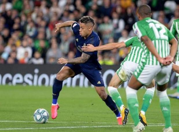 L'attaquant du Real Madrid Mariano Diaz positif au Covid-19