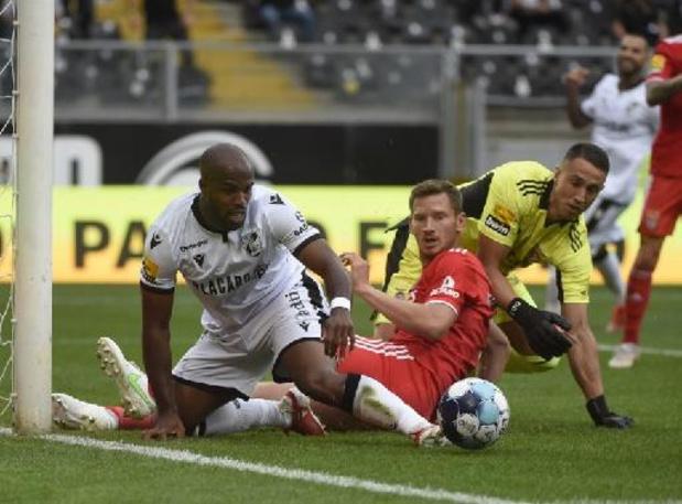 Les Belges à l'étranger - Jan Vertonghen et Benfica continuent leur sans-faute