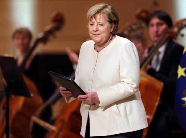Élections en Allemagne - Merkel exhorte les partis au dialogue après les élections