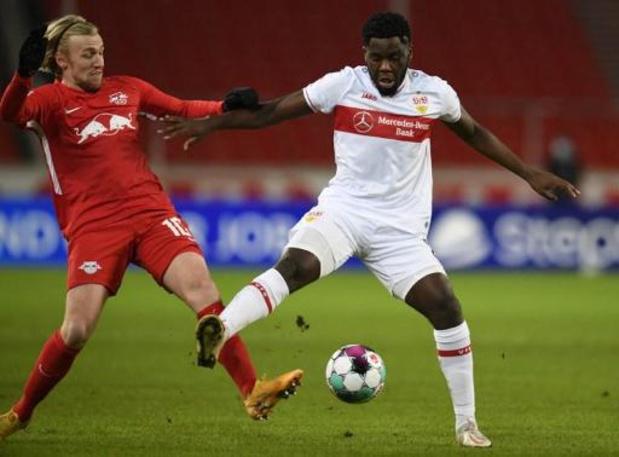Les Belges à l'étranger - Stuttgart, avec Mangala, s'incline contre Leipzig, nouveau leader de la Bundesliga