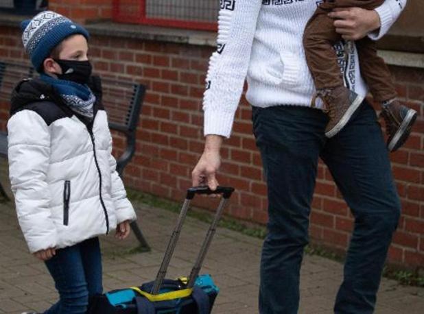 Bijna alle minderjarige kinderen leven in gezin met minstens één werkende ouder