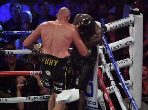 Lourds WBC - Tyson Fury défait Deontay Wilder avant la limite et lui ravit son titre WBC des lourds