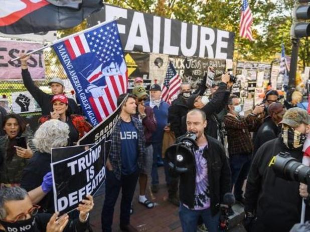 Presidentsverkiezingen VS: Trump geeft overwinning Biden toe maar houdt vol dat resultaten vervalst zijn