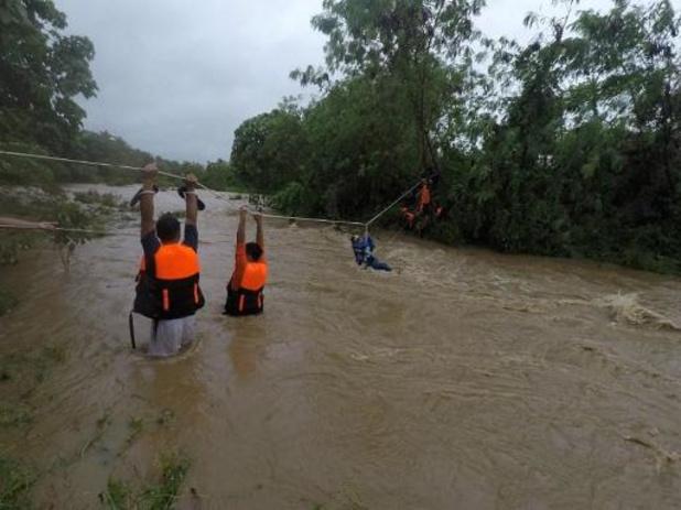 Dertien doden door storm Kompasu op Filipijnen