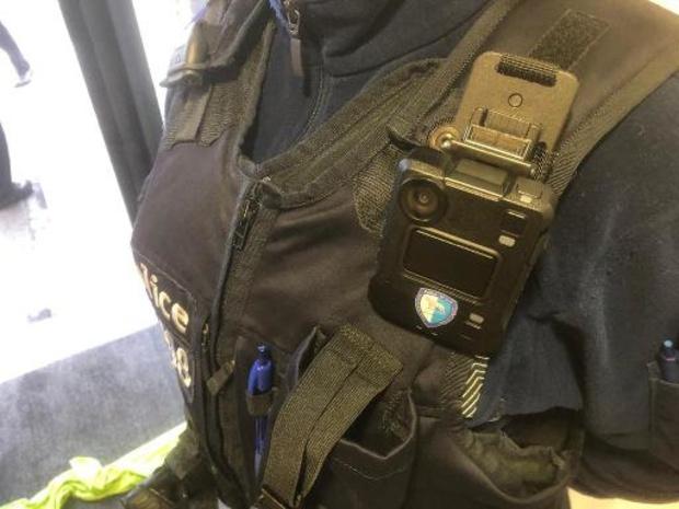 Brussels politie neemt vanaf april bodycams in gebruik
