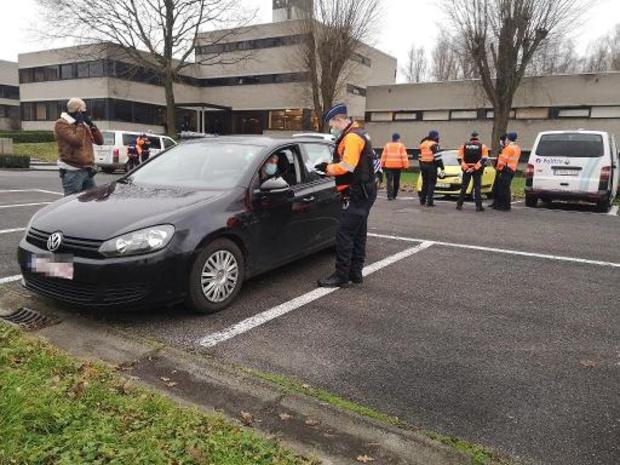 Grootschalige controleactie langs E17 in West-Vlaanderen