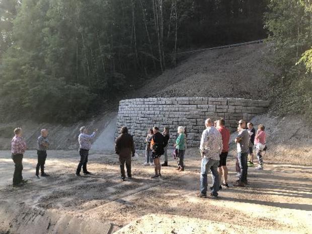 Un mur de soutènement pour le talus du bassin d'orage à Huy