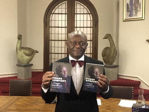 Pierre Kompany stelt levensverhaal 'Van Congo tot Ganshoren' voor