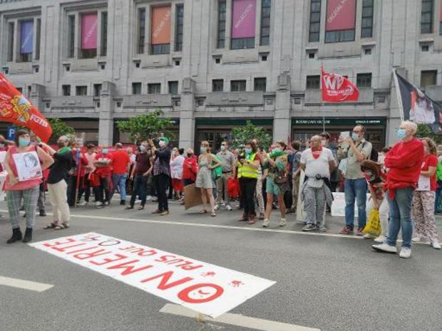 ABVV voert actie tegen loonnormwet aan Brussel-Centraal