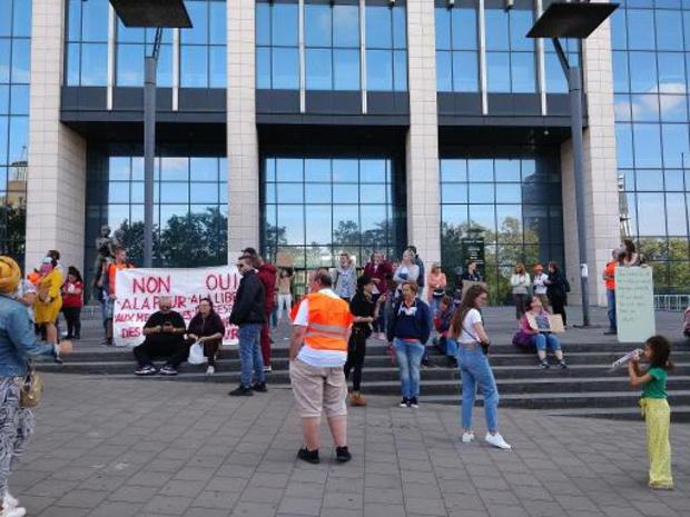 50-tal personen betogen tegen coronamaatregelen in Brussel