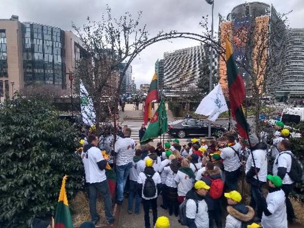 Les agriculteurs des Pays baltes manifestent à Bruxelles