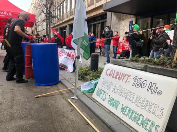 Loononderhandelingen: Vakbonden kloppen aan bij nationale bank voor rechtvaardige lonen