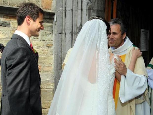 Niet langer doopsels en kerkelijke huwelijken, ook niet in beperkte kring