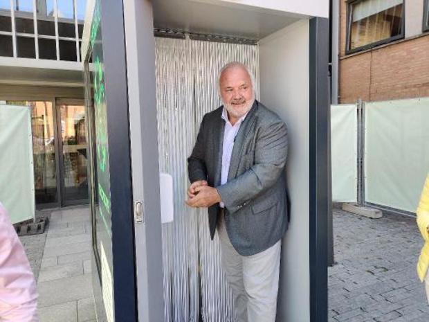 Jean-Marie Dedecker laat terrassen in Middelkerke opengaan op 1 mei