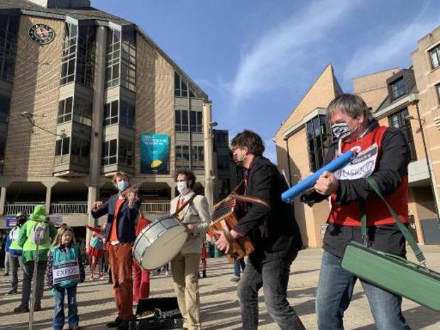 Le secteur culturel en Brabant wallon manifeste symboliquement à Louvain-la-Neuve