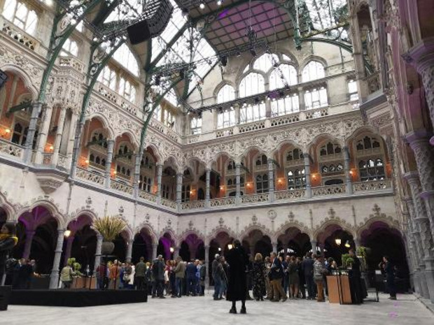 Antwerpse Handelsbeurs als bijzondere locatie voor bloedinzameling