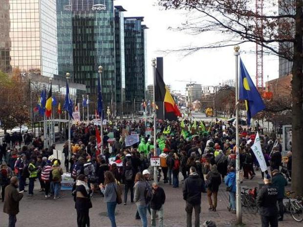 Klimaatbetogers trekken door Brussel voor vierde wereldwijde klimaatstaking