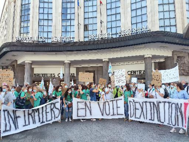 Les infirmières dans les rues de Bruxelles pour lancer un signal de détresse