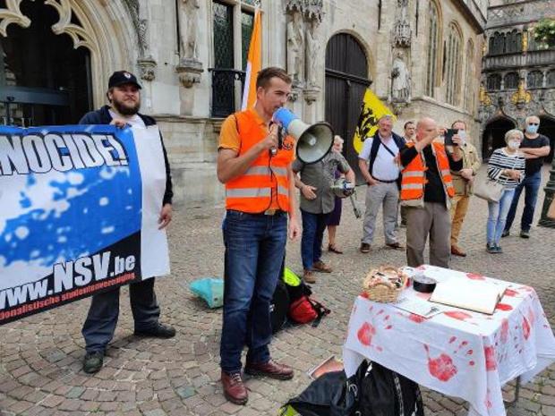 Débat sur la mémoire du colonialisme - Le Voorpost manifeste à Bruges pour commémorer la mort de Sud-Africains blancs