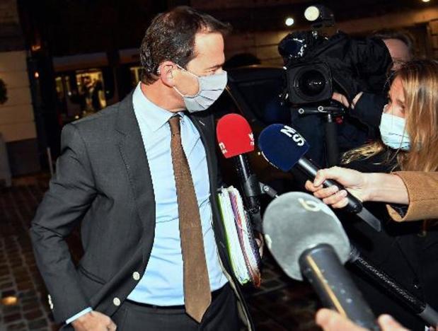 """Vlaamse ministerraad over bijkomende maatregelen van start: """"Situatie is zeer ernstig"""""""