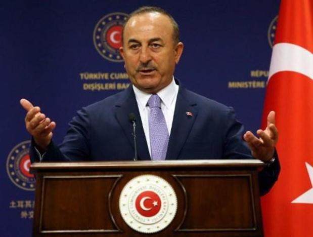 """La Turquie accuse la France de se comporter """"comme un caïd"""" en Méditerranée"""