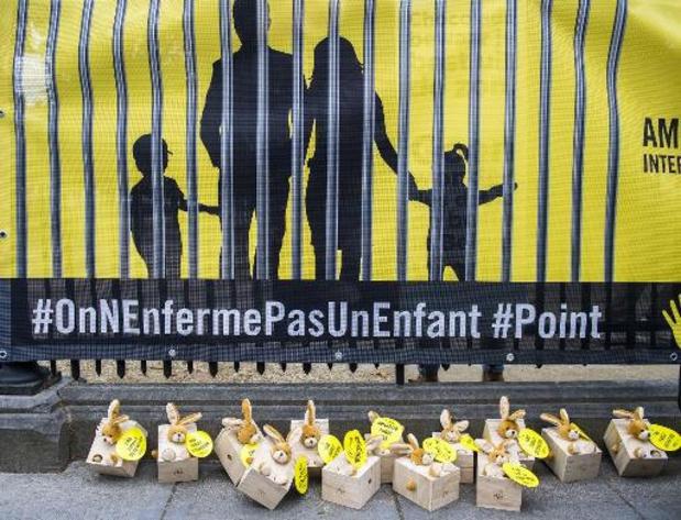 Profilage ethnique, armes, détention d'enfants: la Belgique épinglée par Amnesty à l'ONU