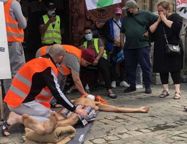 Burgerbewegingen vragen in open brief aan koning Filip om hongerstakers te bezoeken