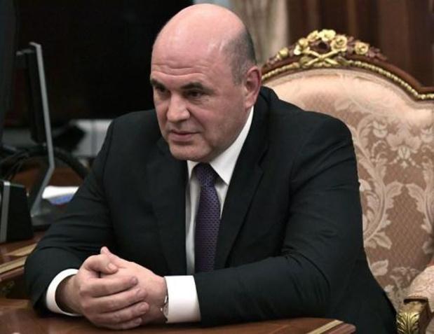 Poetin stelt hoofd federale belastingsdienst voor als nieuwe premier