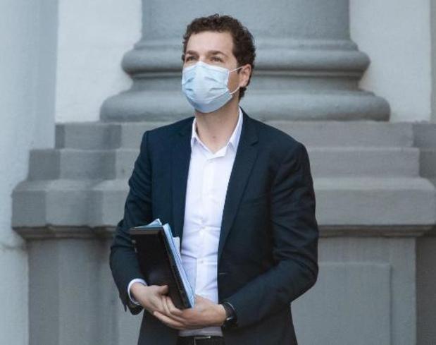 """Pedro Facon: """"Politieke debat nodig over verplichte vaccinatie zorgpersoneel"""""""