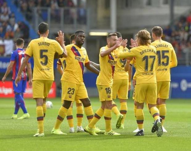 Le FC Barcelone s'impose largement à Eibar et prend provisoirement la tête