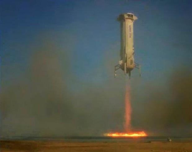Jeff Bezos wil in juli eerste toeristen naar ruimte brengen