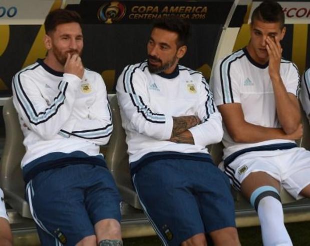 Lionel Messi sur le banc du FC Barcelone contre le Betis Séville