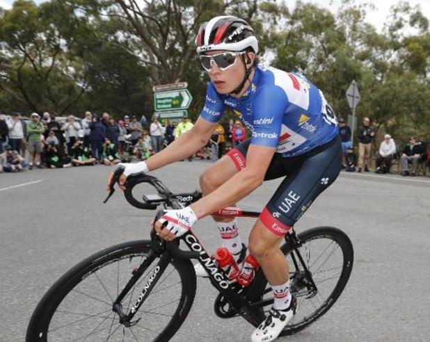 Jasper Philipsen vainqueur d'une 1e étape marquée par une chute massive