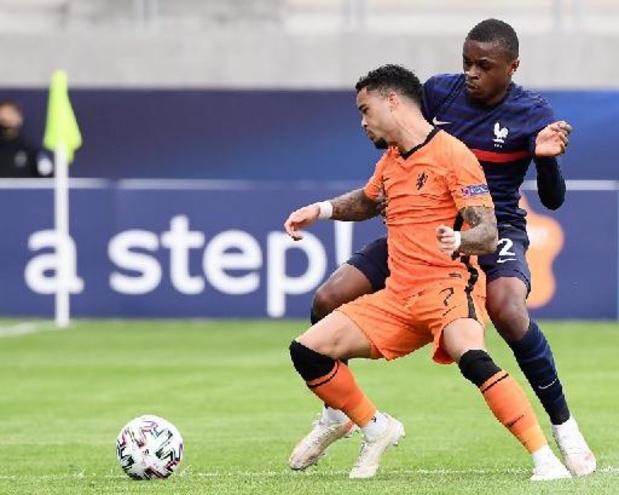 Ligue 1 - Nice huurt Justin Kluivert van AS Roma