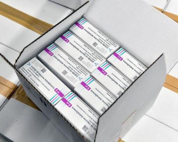 Le vaccin AstraZeneca réservé aux 18-55 ans de groupes particuliers