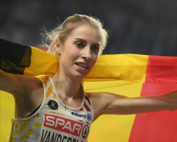 EK atletiek indoor - Elise Vanderelst is Europees kampioene op de 1.500 meter