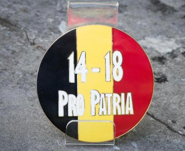 "Un nombre record de plaquettes commémoratives ""Pro Patria"" sur les tombes de soldats"