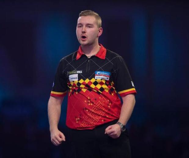 World Matchplay - Dimitri Van den Bergh voor het eerst in halve finales televisietoernooi