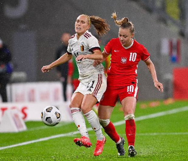 "Kwal. WK 2023 (v) - Janice Cayman ontgoocheld na draw tegen Polen: ""Kansen weggegeven"""