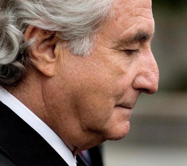 Le célèbre escroc Bernard Madoff doit mourir derrière les barreaux, décide un juge