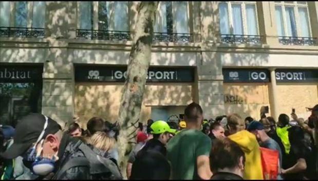 Tension à Paris, sous haute sécurité pour les manifestations du 1er mai