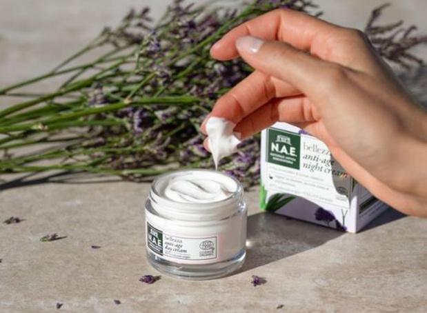 Bio, vegan et bon marché, les cosmétiques N.A.E débarquent en Belgique