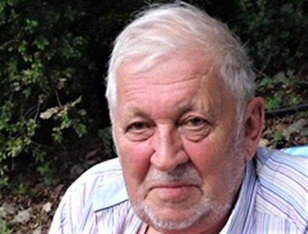 Bekende Kortrijkse leraar Herwig Vanwalle overleden