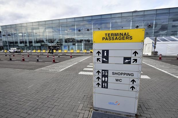 """Tensions sociales chez Skeyes: Une cinquantaine de vols """"impactés"""" à Liege Airport, qui évoque une """"catastrophe économique"""""""