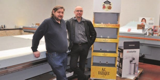 DB Druk imprime des présentoirs uniques avec l'Océ Arizona 6170 High Flow