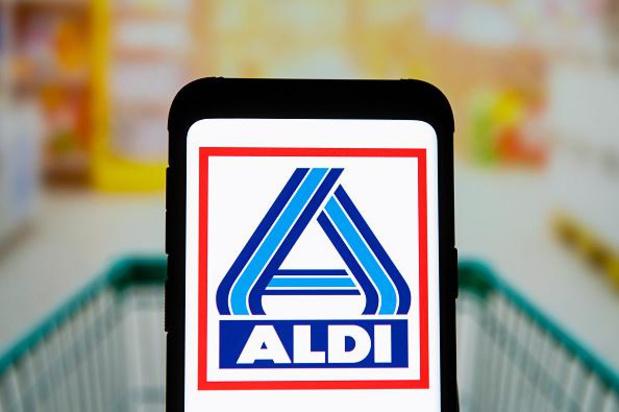 Vier maanden effectieve celstraf en boete voor bespuwen Aldi-kassierster