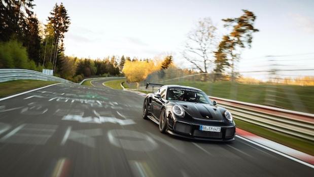Porsche 911 vestigt nieuw Ringrecord
