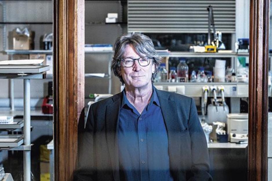 Jan Tavernier (UGent) over geneesmiddelenonderzoek: 'Literatuur volgen volstaat niet'