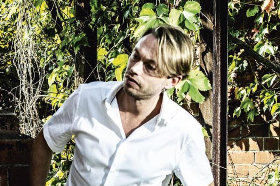 DJ en producer Regi Penxten over muzikaal ondernemen in coronatijden: 'Er is geen tweede Regi'