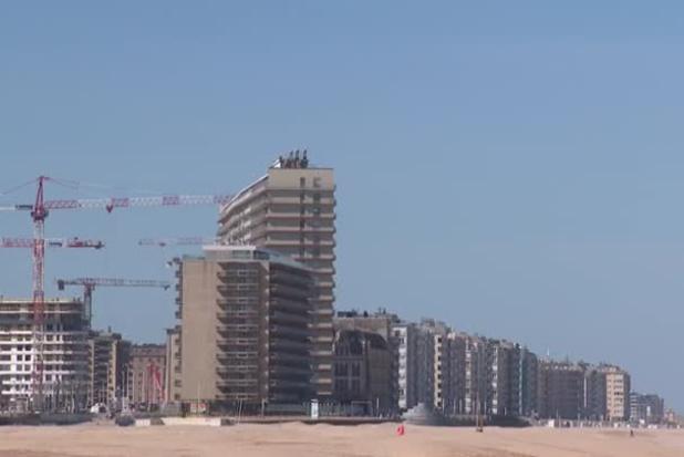 Vastgoedmarkt aan de kust blijft boomen